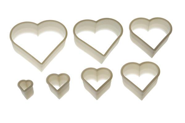 Κουπάτ πλαστικά καρδιά σετ 7 τεμ